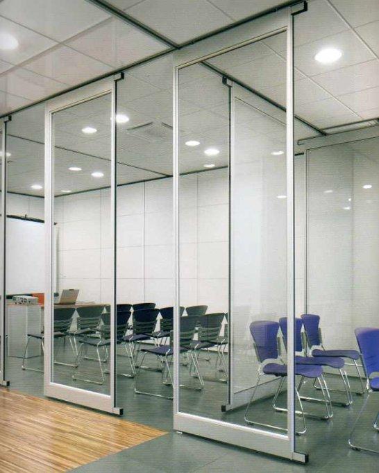 Compartimentari sticla de la SecuritInternational.ro – solutia perfecta de amenajare a spatiului interior