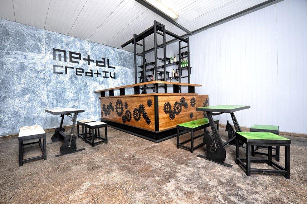 Mobilier industrial cu un charm aparte