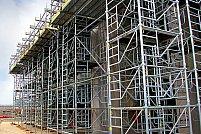 """LucInvest.ro – A venit primavara si constructorii apeleaza la servicii de vanzari schele metalice pentru constructii la """"inaltimea"""" asteptarilor"""