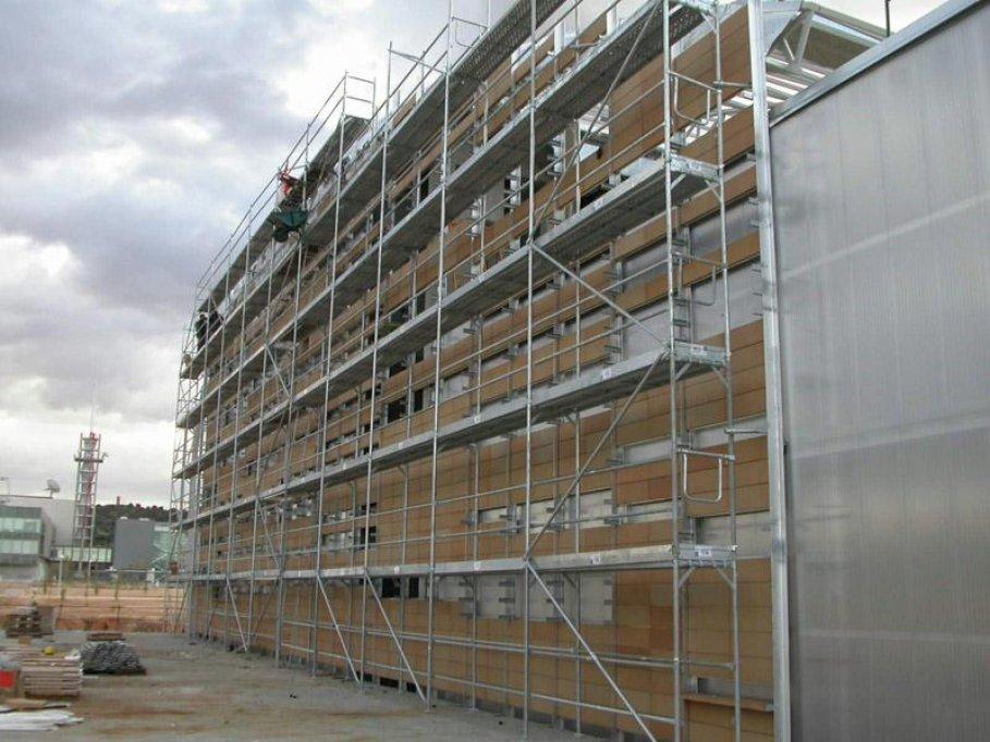 LucInvest.ro – Schele metalice si posibilitati multiple de utilizare pentru siguranta muncitorilor proiectelor realizate la inaltime