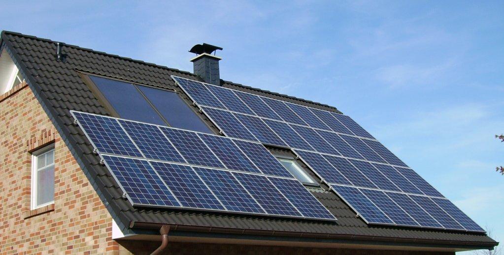 Produse si servicii de energie regenerabile: panouri solare fotovoltaice