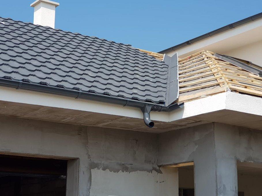 Acoperișul din tablă tip țiglă metalică - acoperișul perfect pentru casa ta