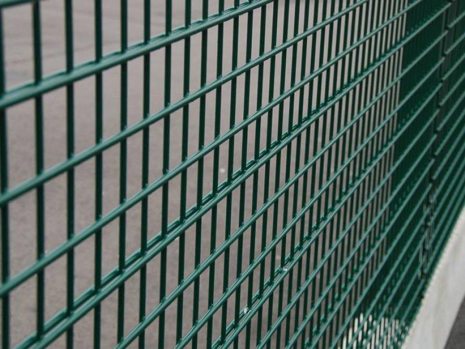 ARMURA – garduri din plasă de calitate şi moduri de utilizare