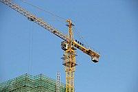 Pentru proiecte de constructii realizate la termen si eficient, apeleaza la inchirieri macarale turn