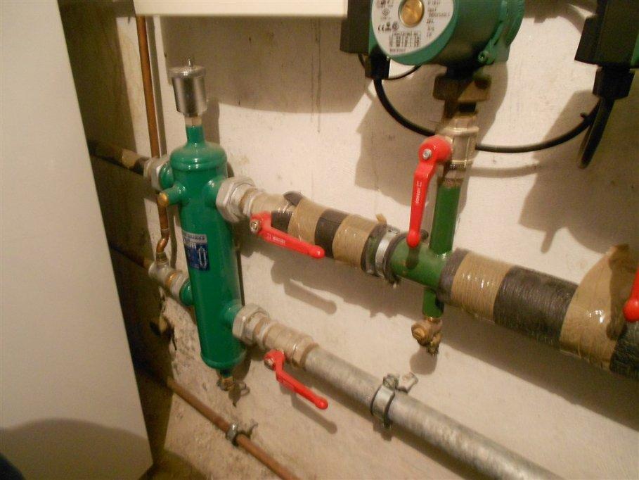 Ajutor pentru încălzire! Avantajele folosirii unui separator hidraulic