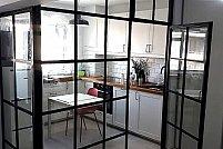 Usi si pereti sticla - solutia ideala pentru spatii luminoase