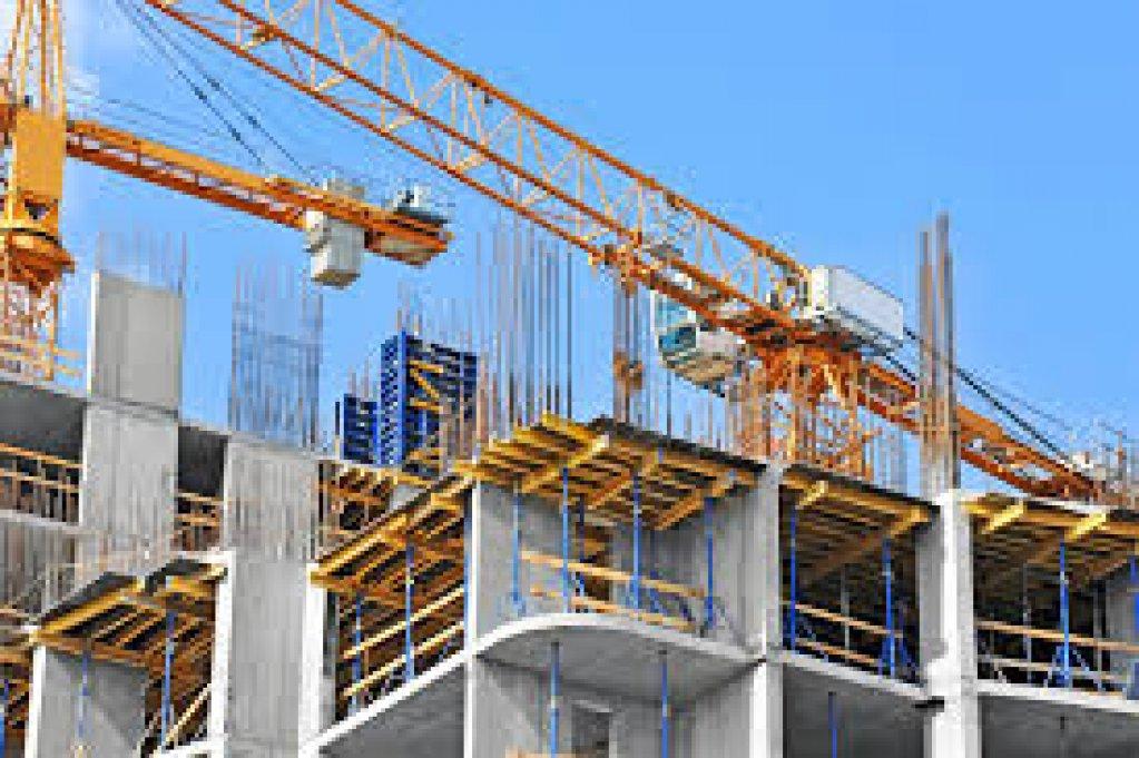 Construcţii industriale pentru depozite, spații comerciale, fabrici de producție